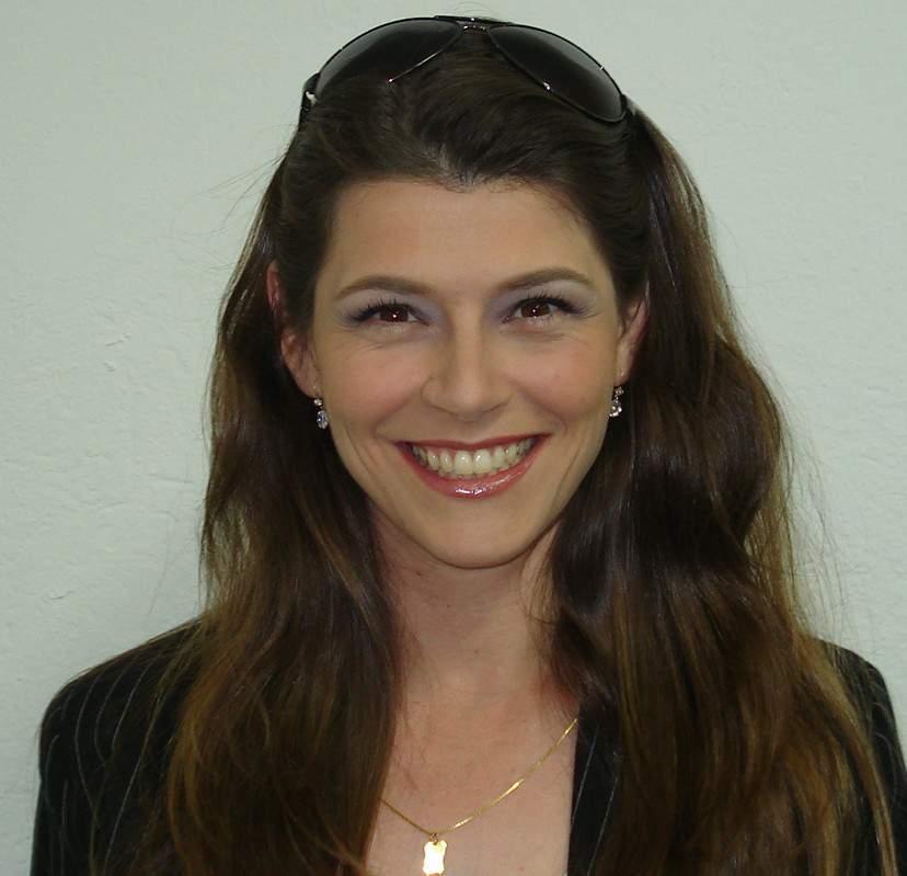 Vania Fernandes